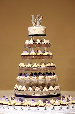 LOVE cupcake tower
