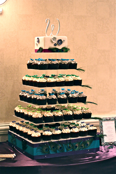 Peacock. cupcake tower