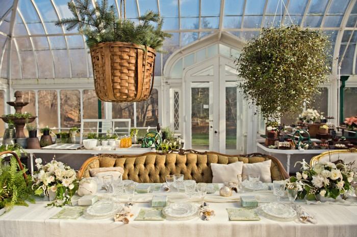 The Couture Cakery - Greenhouse Sweet table. Photo by Swoon Over it.