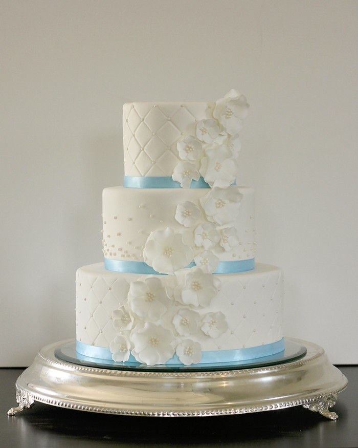The Couture Cakery Weding Cake