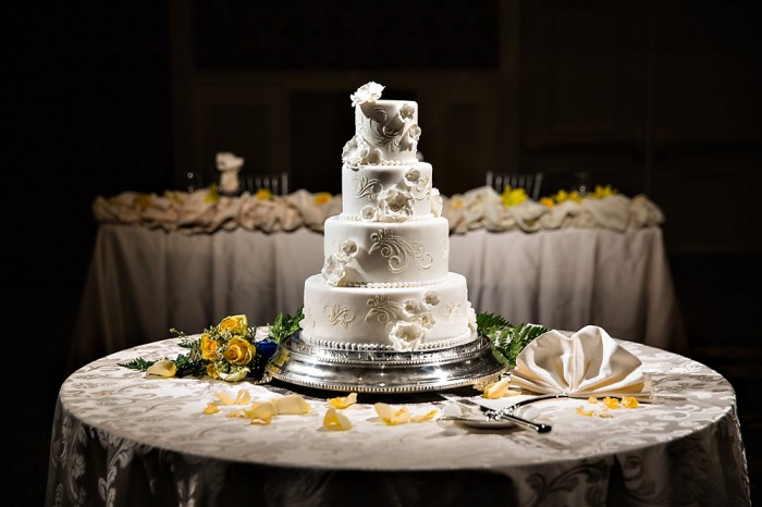 The Couture Cakery - white wedding cake