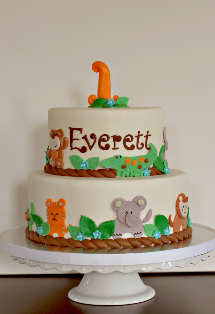 Everetts Jungle Theme 1st Birthday Cake The Couture Cakery