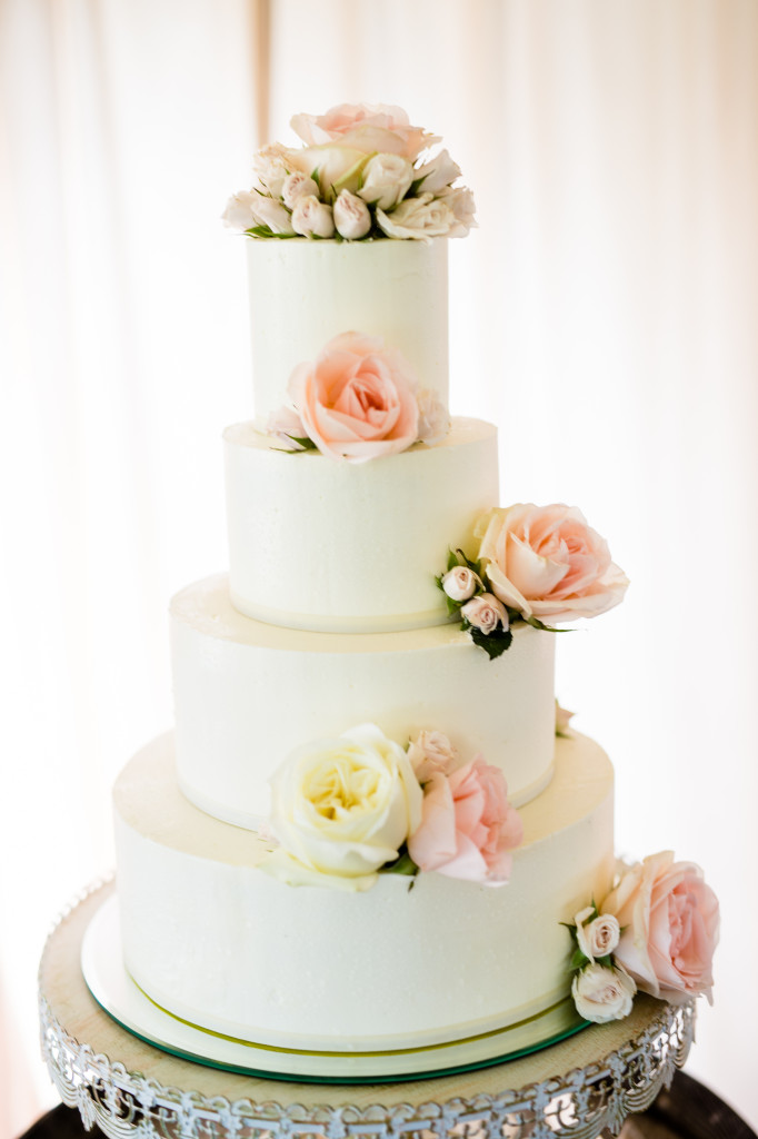The Couture Cakery - Wedding Cake at Moondance Winery
