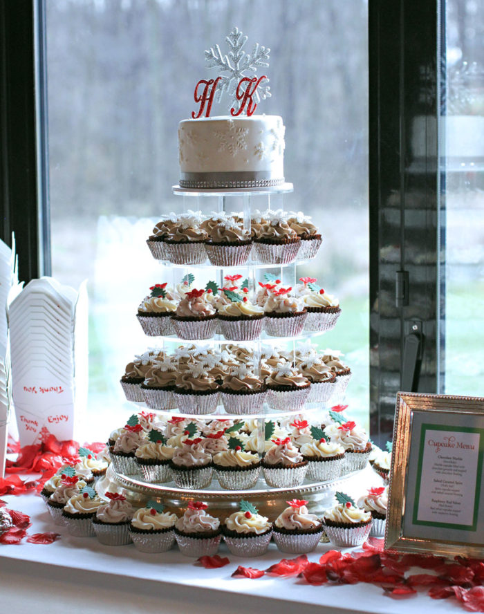 Hailee and Kyle Wedding Cupcakes