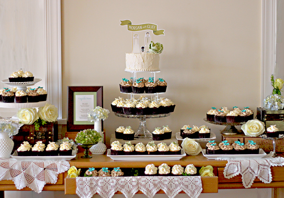 wedding cake and cupcake display ideas cupcake display gallery the couture cakery 21728